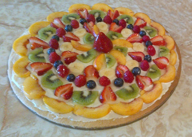 Another birthday fruit pizza!
